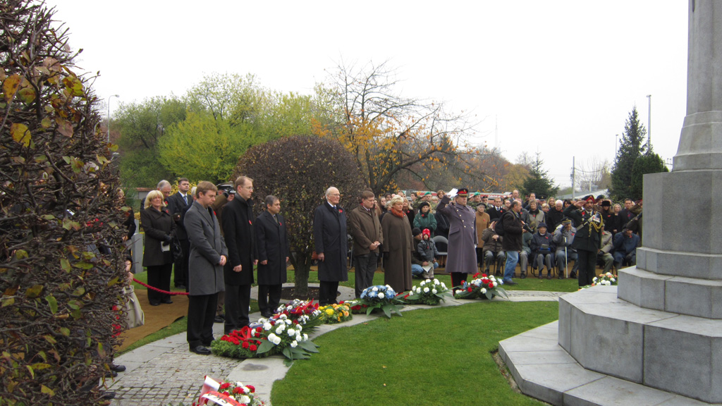 Canadian NATO PA Delegation attends Remembrance Day Ceremony in Commonwealth War Cemetery  @ Olsany, Prague (4)