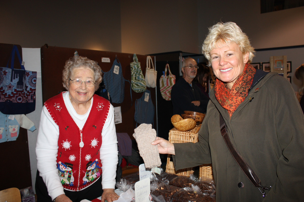 Marcella Cybulski is selling her knit mitts hand over fist @ Christmas Craft Sale in Renfrew.