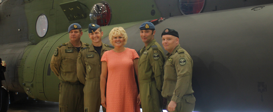 MP-Gallant-with-airmen-from-450-Tactical-Helicopter-Squadron-Cover