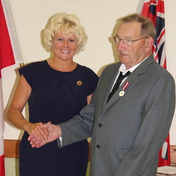 Cheryl-Gallant-with-Bob-Colterman-600x600