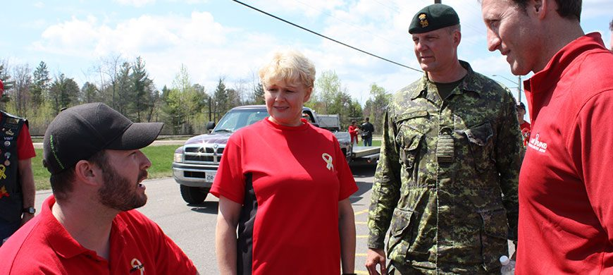 MP-Gallant-with-Minister-Mackay-and-Master-Cpl-Jody-Mitic-May-8th-2009-950