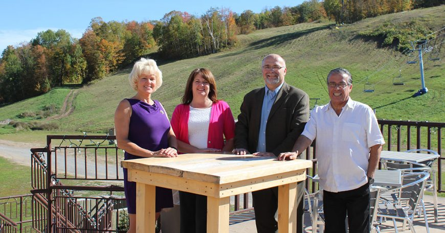MP-Gallant-brings-EODP-Funding-to-Calabogie-Peaks-Resort-1200