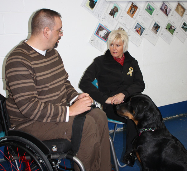 Cheryl-with-disabled-vet-600