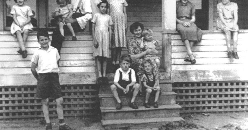1953_05 Geelen's Highgate