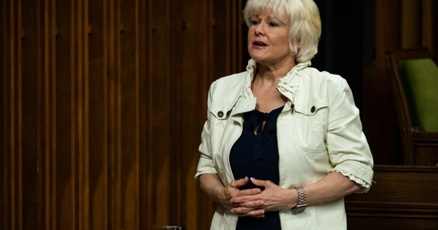 Cheryl Gallant stands up to speak in the Chambre during Question Period / se lève pour parler en Chambre durant la Période des questions   Ottawa, ONTARIO, on May 4, 2021.   © HOC-CDC Credit: Bernard Thibodeau, House of Commons Photo Services
